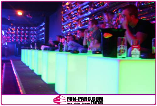 Night_club_furniture