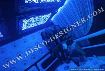 dancers disco club
